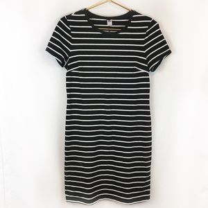 Old Navy Black White Stripe Dress